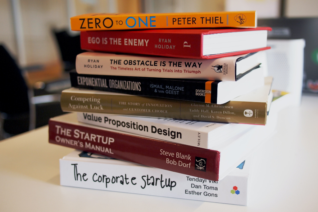 8 must-read books for design students
